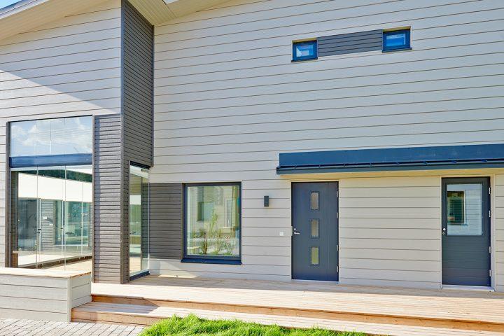 Oviremontti koskee yleensä sekä ulko-ovea että mahdollista terassiovea ja varastonovea.