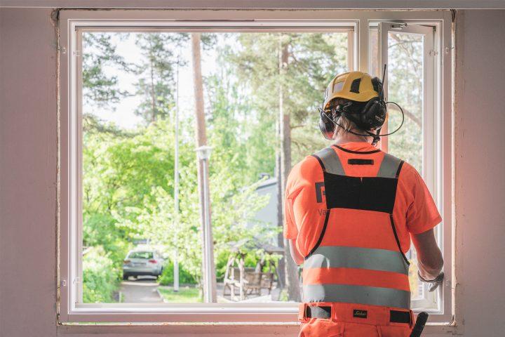 Omakotitalon ikkunremontti Pihlalta on luotettava valinta.