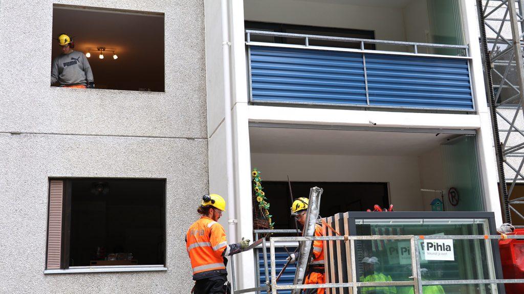 Hakin Emäntä As Oy:n ikkunaremontti saatiin valmiiksi vain kuudessa päivässä.