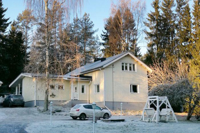 Pihlan ikkunarvonnan voittajan talossa on remontin jälkeen kuusi uutta ikkunaa ja kaksi ovea